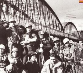 Brigadas Internacionales en el Puente de Arganda