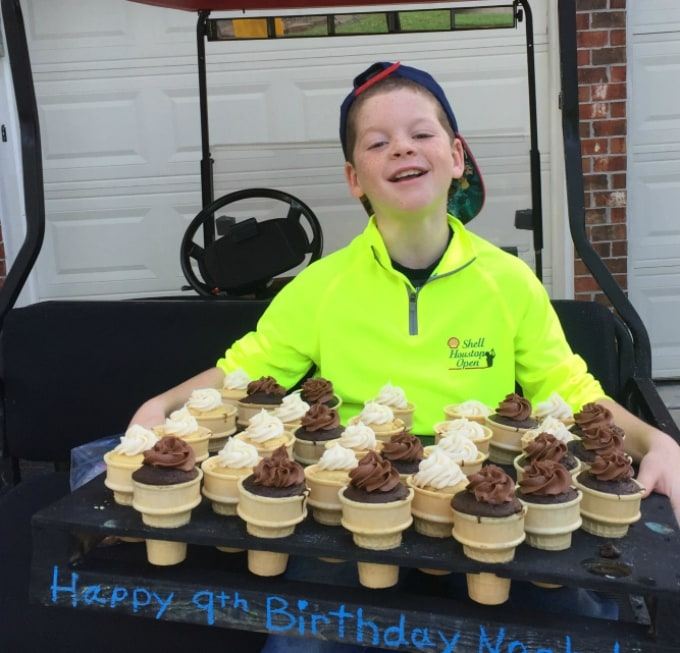 ice cream cone cupcakes for the birthday boy