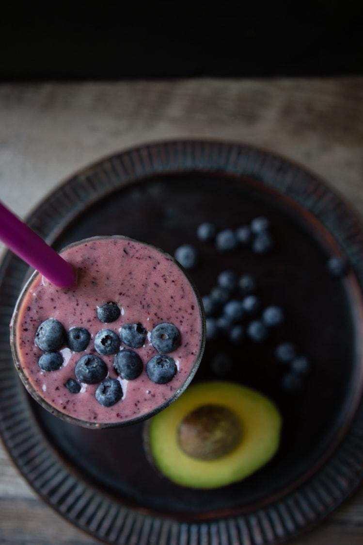Avocado Blueberry Pear Breakfast Smoothie