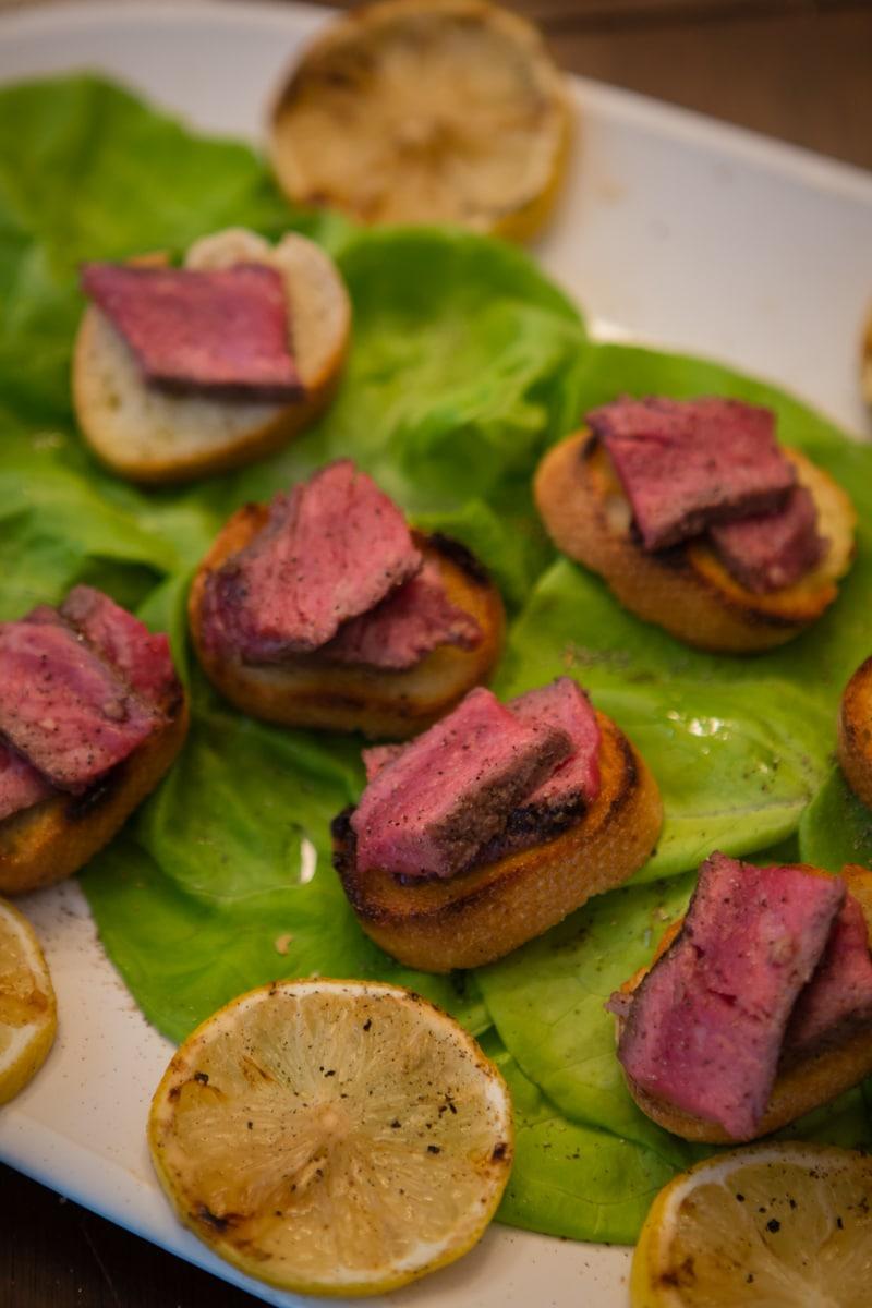 steak bites on toast appetizer