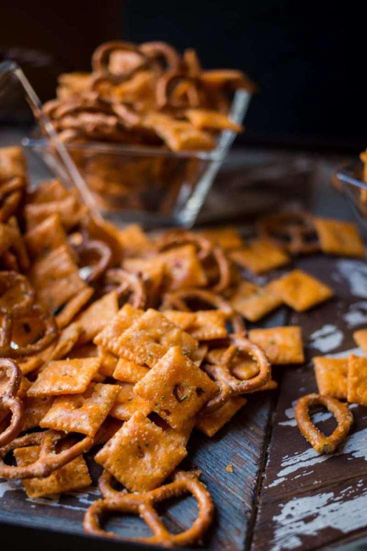 Spicy Cheezits Pretzel Snack Mix