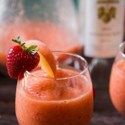 Rosè Frozen Fruit Slushies