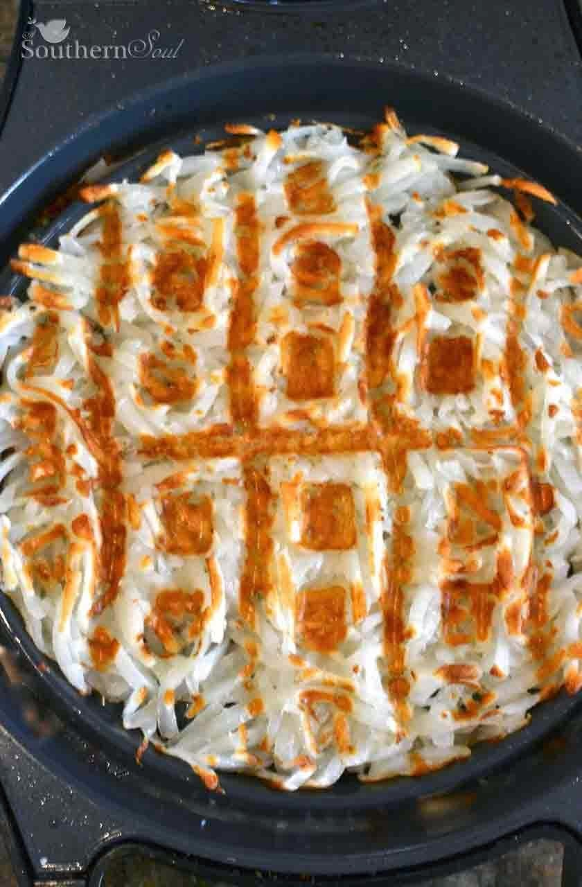 Add olive oil, salt and pepper and mix to combine. Waffle Iron Hash Browns A Southern Soul