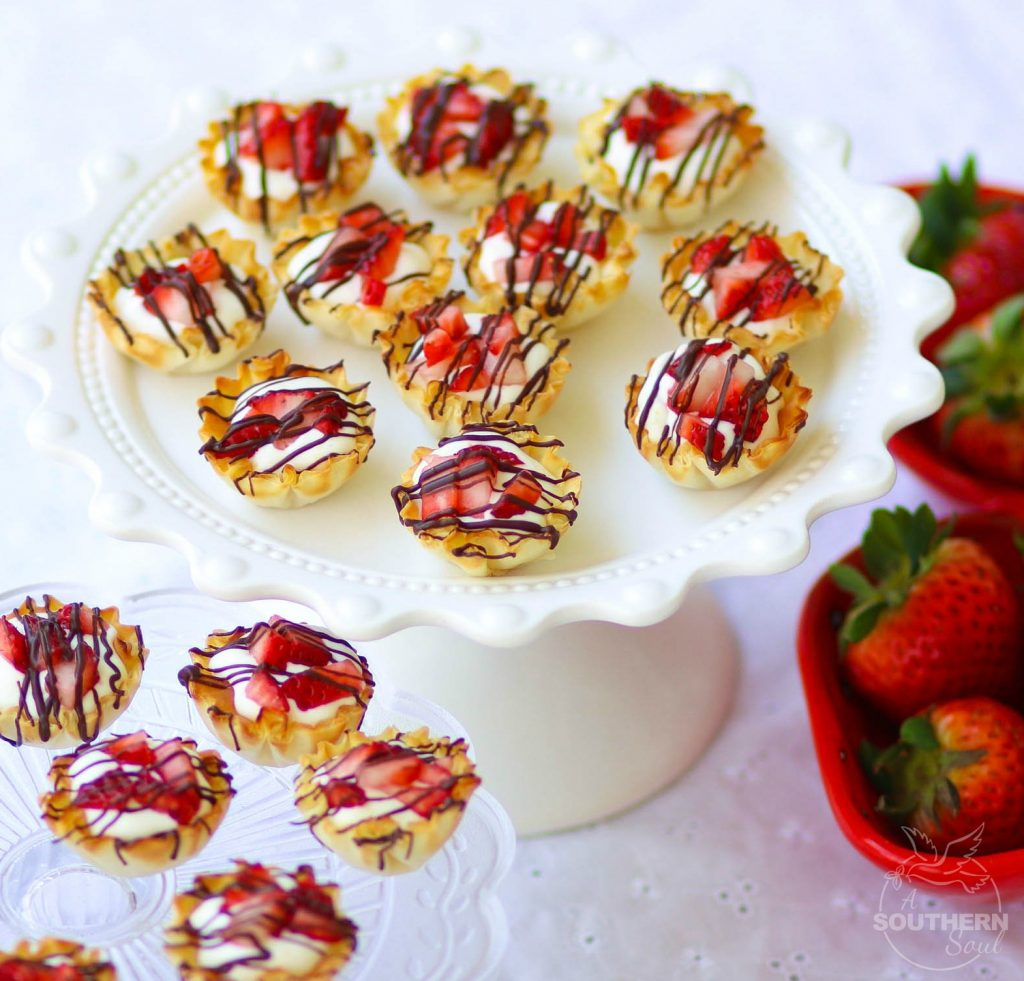 Chocolate Strawberry Cheesecake Phyllo cups are an easy to make sweet treat that makes eating dessert fun!