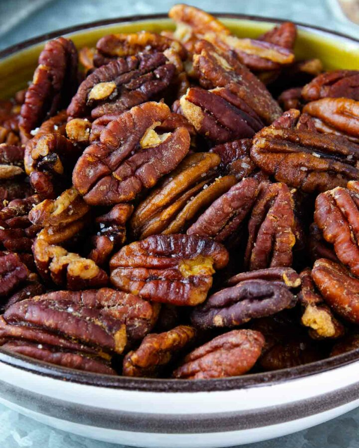 How to perfectly toast pecans for snacking in a bowl.
