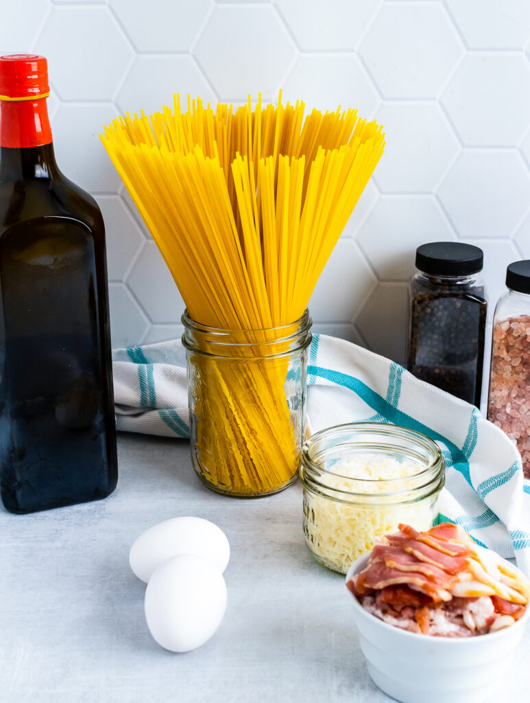 Spaghetti and other ingredients for Pasta Carbonara