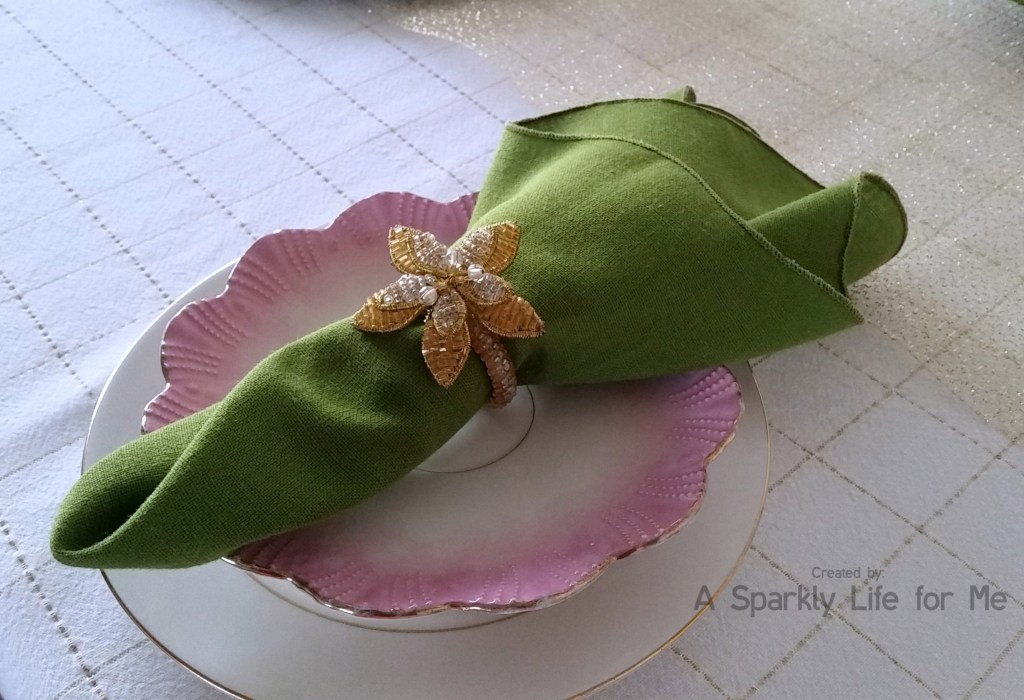 Gold and White Spring Place Setting with Green Napkin and Pink Flower Plate by A Sparkly Life for Me