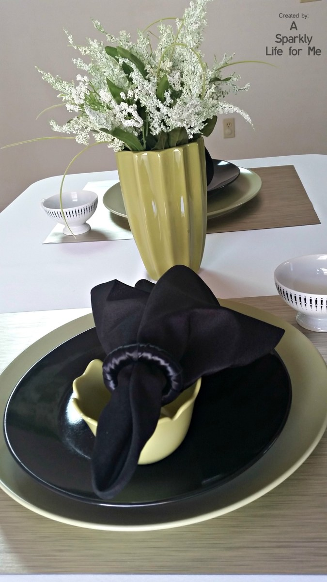 Modern Greenery Simple Table Setting Ideas by A Sparkly Life for Me