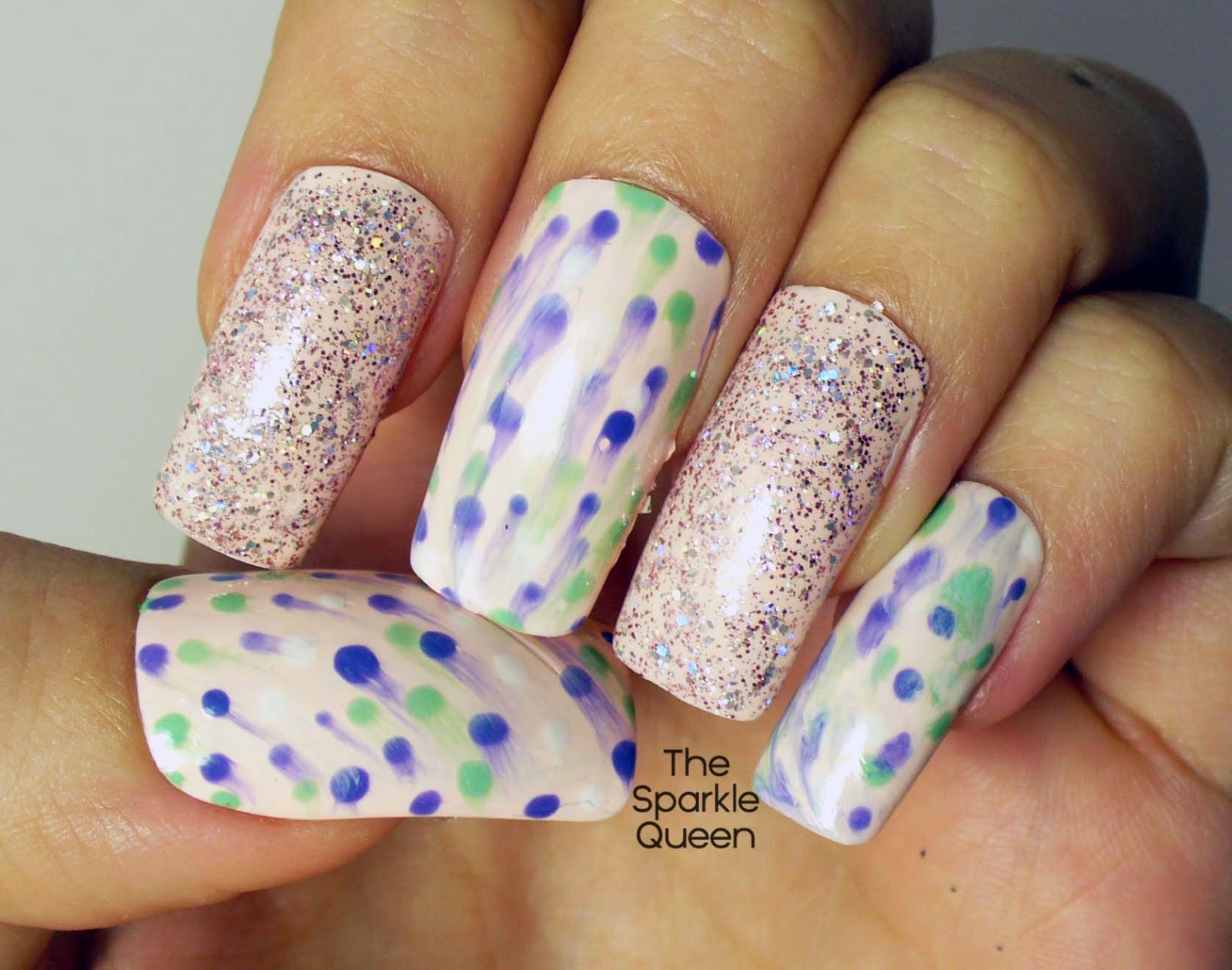 Major FAIL Incoming! Unless Dot Smear Is A New Nail Art Trend…. - A ...