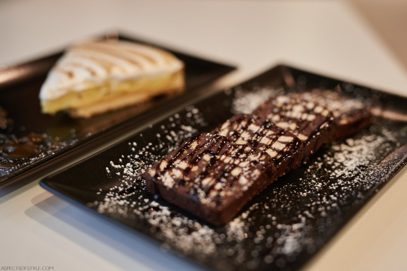 desserts at La Pasteria in Athens International Airport