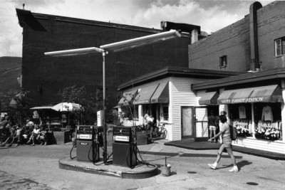 The old Sinclair gas station on Volk Plaza.