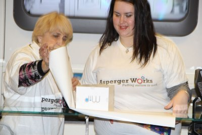 Eva Rajczyk helps Lizzi Bowen