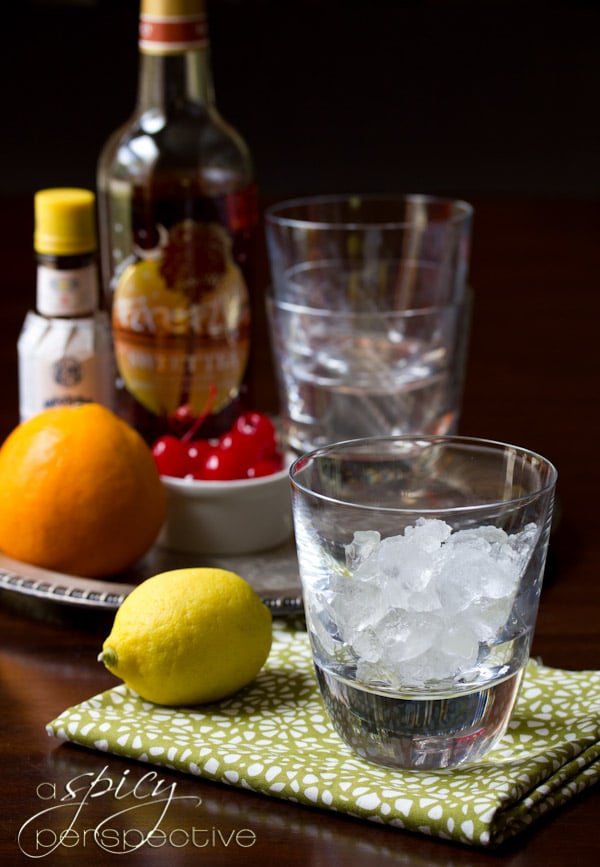 Classic Old Fashioned Cocktail | ASpicyPerspective.com #cocktails #ryangosling