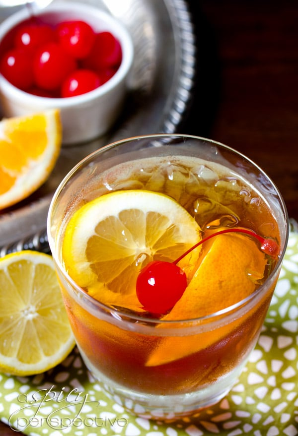 The Old Fashioned Cocktail with Sweet Tea Vodka | ASpicyPerspective.com #Cocktails #RyanGosling