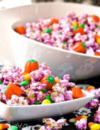 Easy Halloween Popcorn Mix
