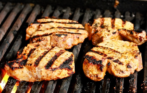 How to Test Meat Temperature | ASpicyPerspective.com #howto #meat #cookingtips