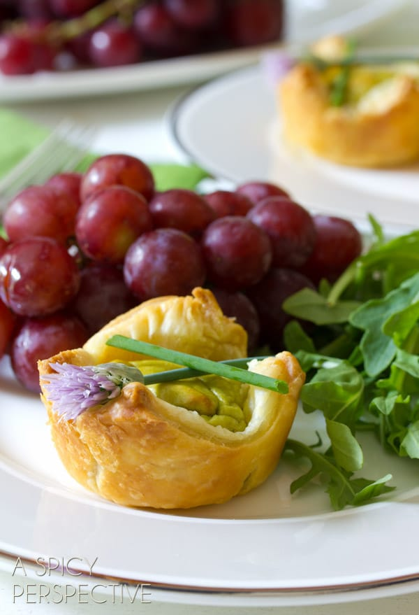 Wholly Guacamole Quiche Recipe - Perfect for Brunch! ASpicyPerspective.com #brunch #quiche #miniguac #guacamole