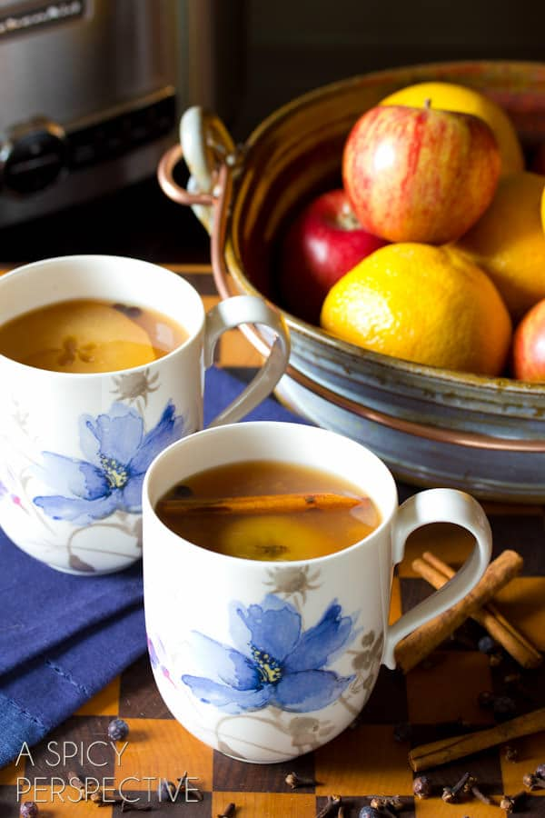 Best #SlowCooker Wassail Recipe (Mulled Cider) ASpicyPerspective.com #fall #apple #party #recipe