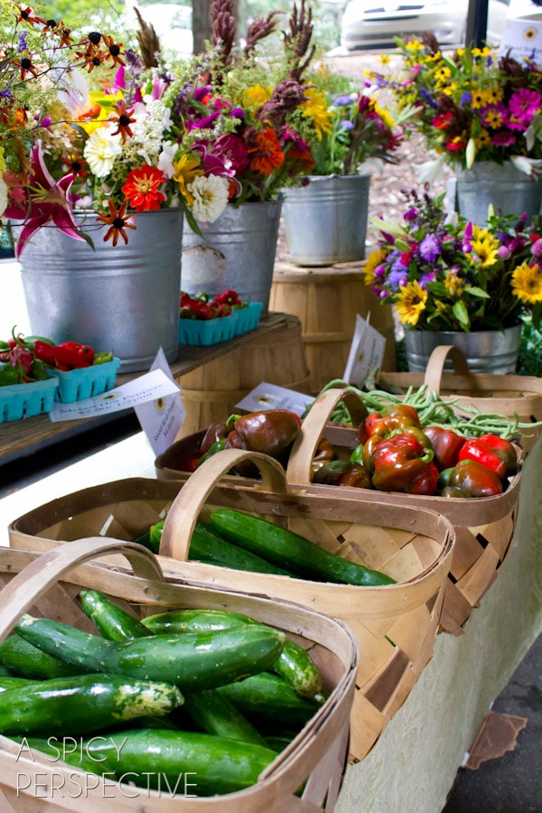 Farmers Market -Things to Do in Asheville NC | ASpicyPerspective.com #travel #asheville #visitasheville #fall