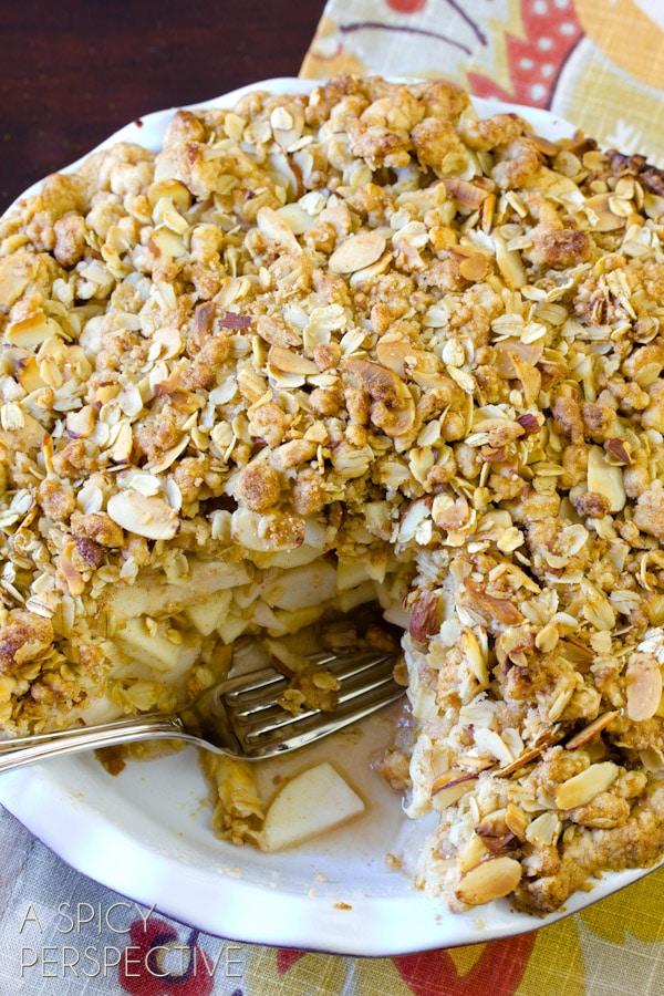 Dutch Apple Pie | ASpicyPerspective.com #apple #applepie #fall #recipe