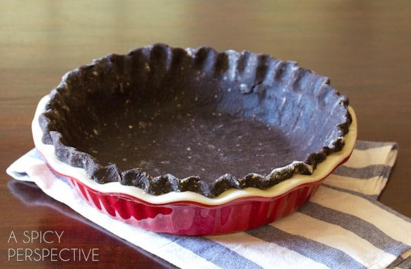 Chocolate Peanut Butter Pie | ASpicyPerspective.com #chocolate #peanutbutter #pie #fall #holidays