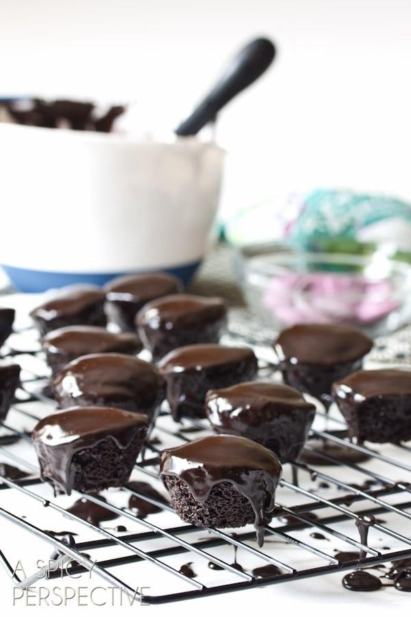 Mini Chocolate Cake Recipe | ASpicyPerspective.com #halloween #holidays #chocolate #recipe