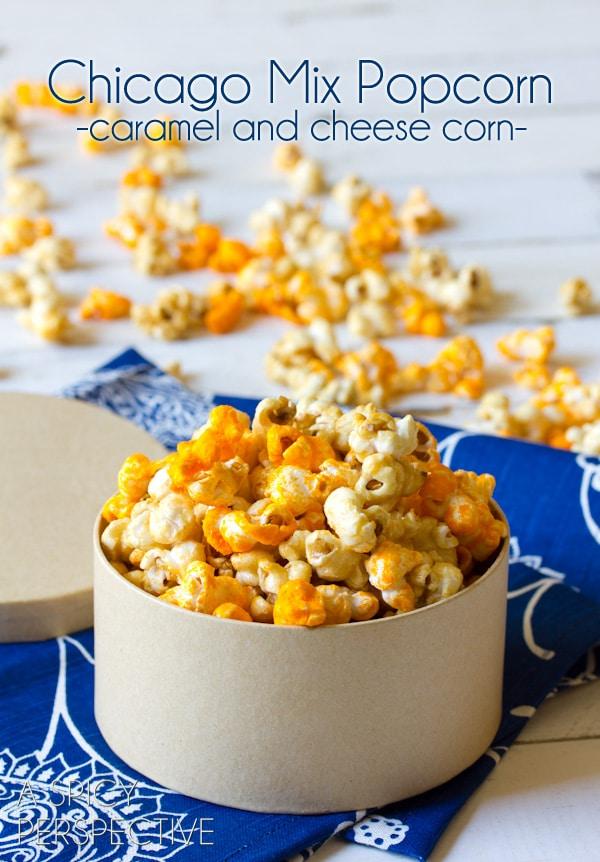 "#Copycat Garretts Popcorn AKA ""Chicago Mix Popcorn"" #caramel #popcorn #cheese #fall #holidays #party #ediblegifts"