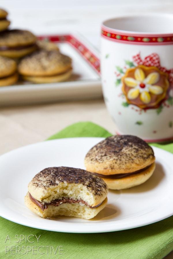 Sour Cream Cookies (Soft like Whoopie Pies) with Chocolate Ganache Filling! #holiday #christmas #cookies #cookieexchange #whoopiepie