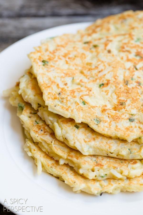 Easy Boxty Recipe: Irish Potato Pancakes with Sauteed Mushrooms and Whiskey Gravy #stpaddyday #stpatricksday #irish #recipe