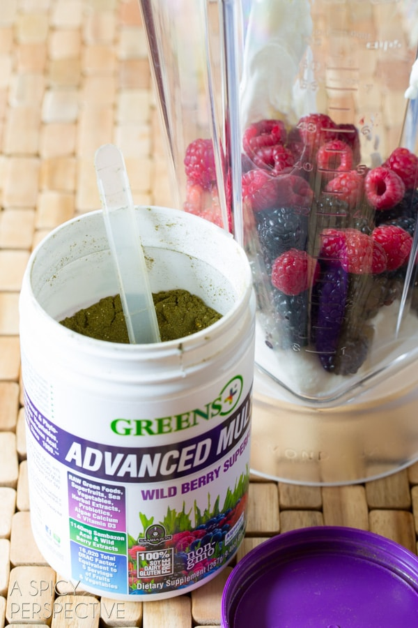 Making a Berry Smoothie Recipe with Yogurt and #GreensPlus! #smoothie #breakfast #healthy #greens