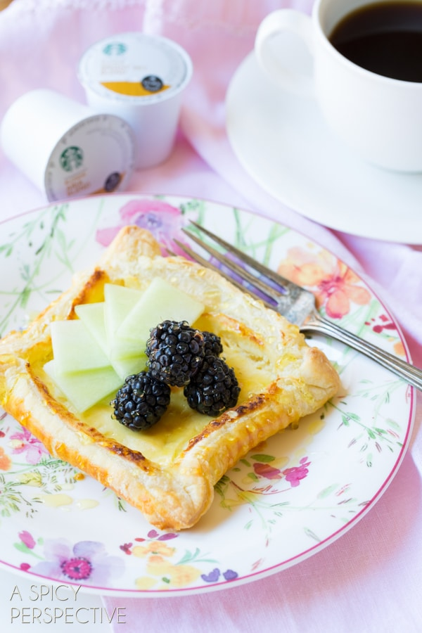 Simple Honey Goat Cheese Tart with Blackberries and Honeydew! #spring #brunch #giveaway #goatcheese #tart