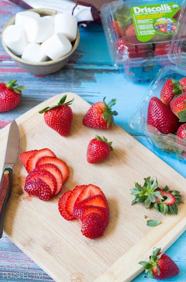 How To: S'mores Strawberry Shortcake Recipe #smores #summer #strawberryshortcake