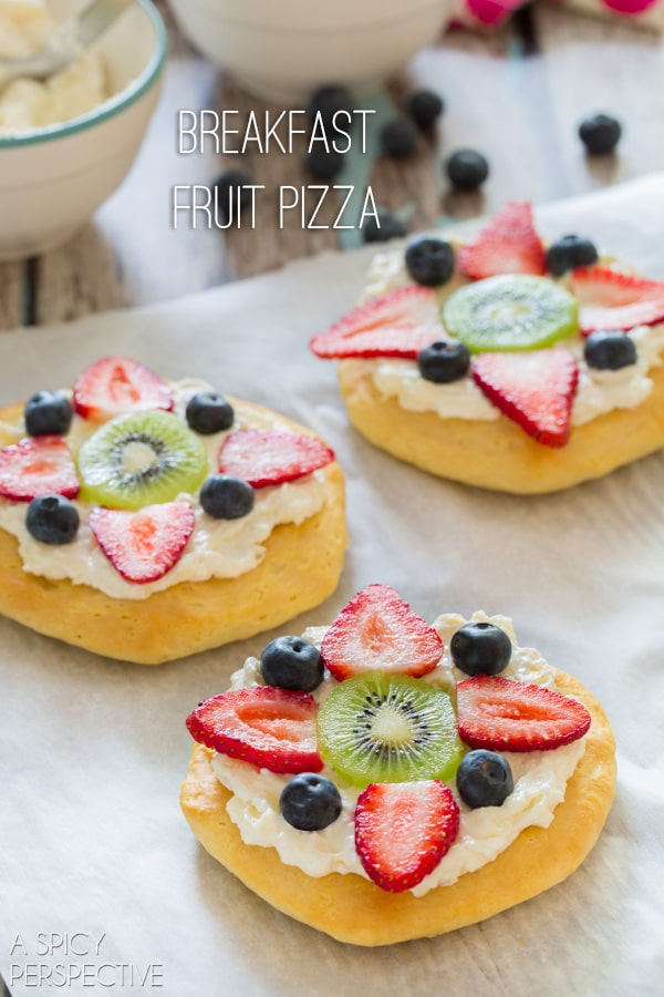 Fruit Pizza for #Breakfast! #pizza #fruitpizza #cookingwithkids