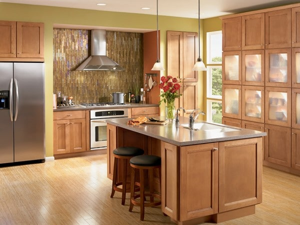 Solana Maple Mocha - Shenandoah Cabinetry #remodel #diy
