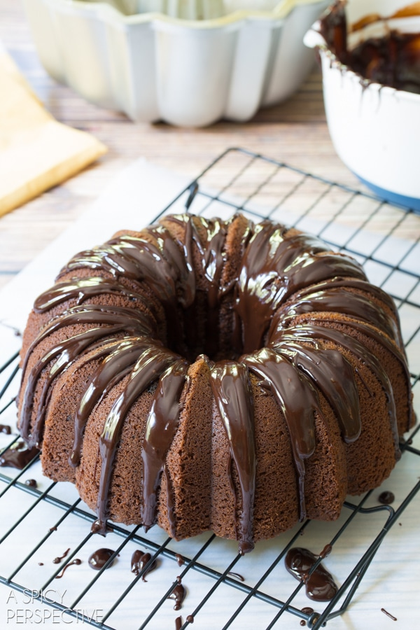 How to Make Baileys Irish Cream Bundt Cake #cake #bundtcake #baileysirishcream