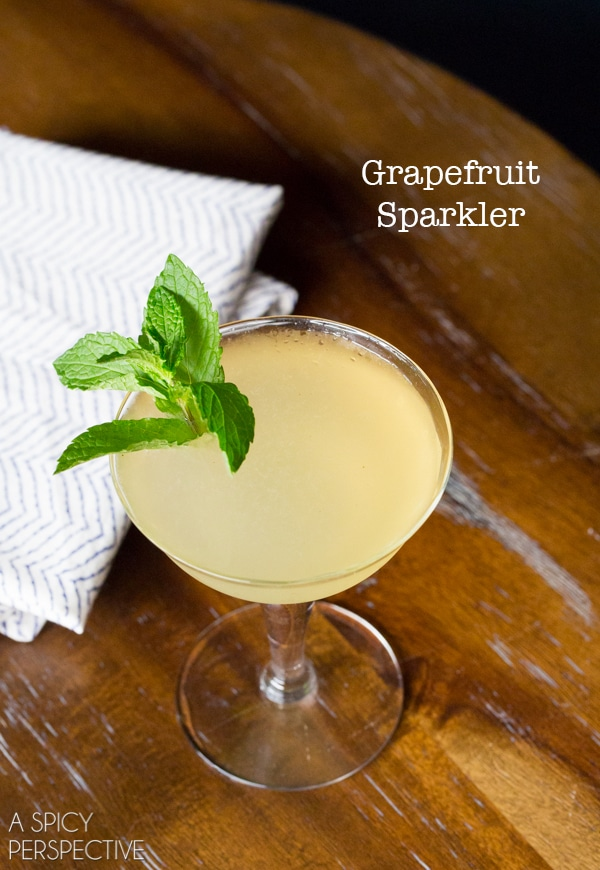 Grapefruit Sparkler #Cocktail #holidays