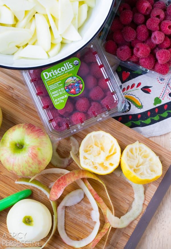 Making Raspberry Apple Pie #fall #applepie #holiday
