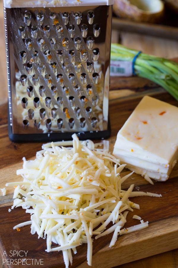 Cheesy Twice Baked Potatoes #potato #holiday #sidedish #bakedpotato