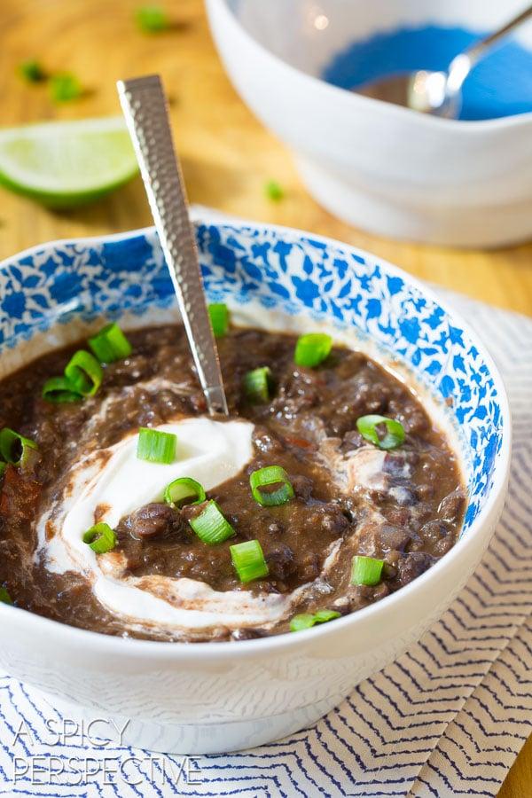 Healthy Slow Cooker Black Bean Soup Recipe