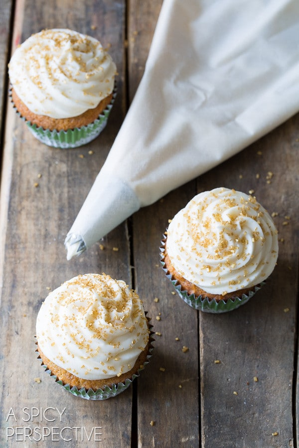 """The Best """"Hummingbird Cake"""" Cupcakes with Sour Cream Frosting on ASpicyPerspective.com #cupcakes #southern"""