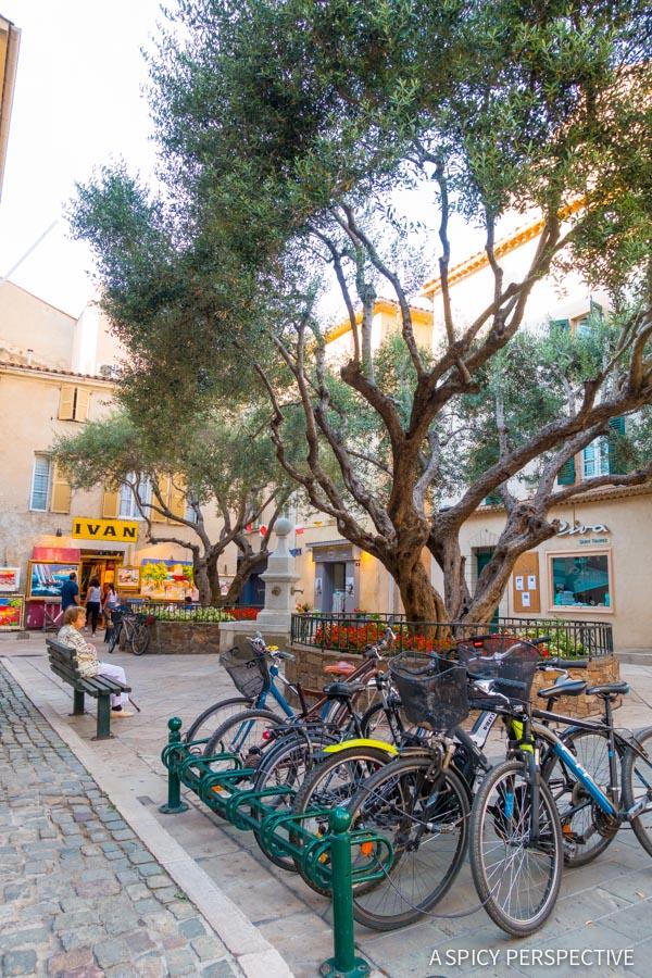 Streets of Saint Tropez, France on ASpicyPerspective.com #travel #france