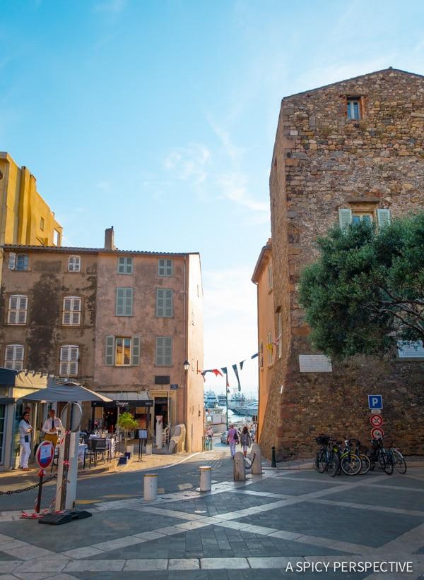 Tips for Visiting Saint Tropez, France on ASpicyPerspective.com #travel #france