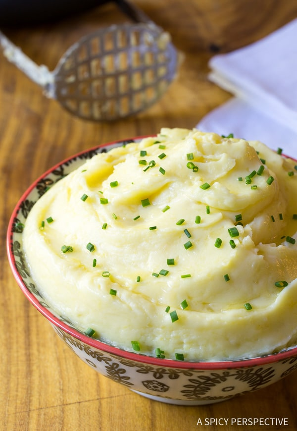 Best Mashed Potatoes #ASpicyPerspective #mashedpotatoes #thanksgiving #holidays #christmas