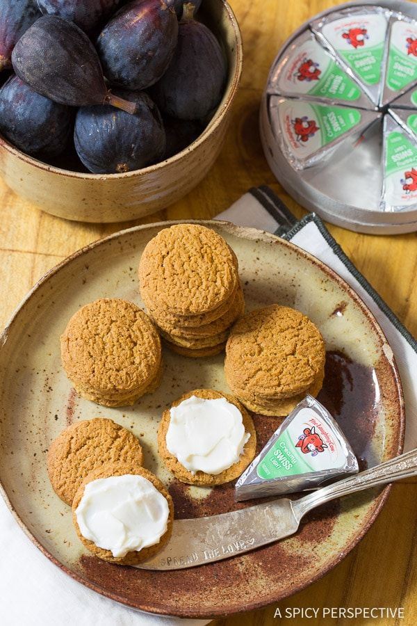 Simple 4-Ingredient Caramelized Figs with Cheese and Gingersnaps on ASpicyPerspective.com