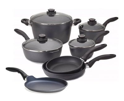 Swiss Diamond Nonstick Cookware - Perfect Gifts for Cooks! 60 Kitchen Finds for Christmas on ASpicyPerspective.com