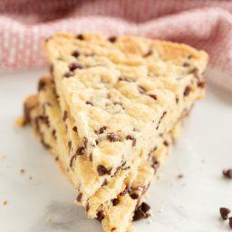 Crispy Cranberry Chocolate Chip Shortbread Cookies Recipe #ASpicyPerspective #christmas #holidays