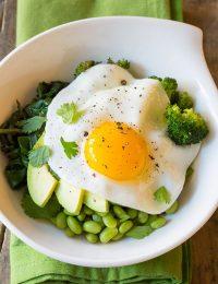 Healthy 8-Ingredient Mean Green Buddha Bowl Recipe (Vegetarian and Vegan Option!) | ASpicyPerspective.com