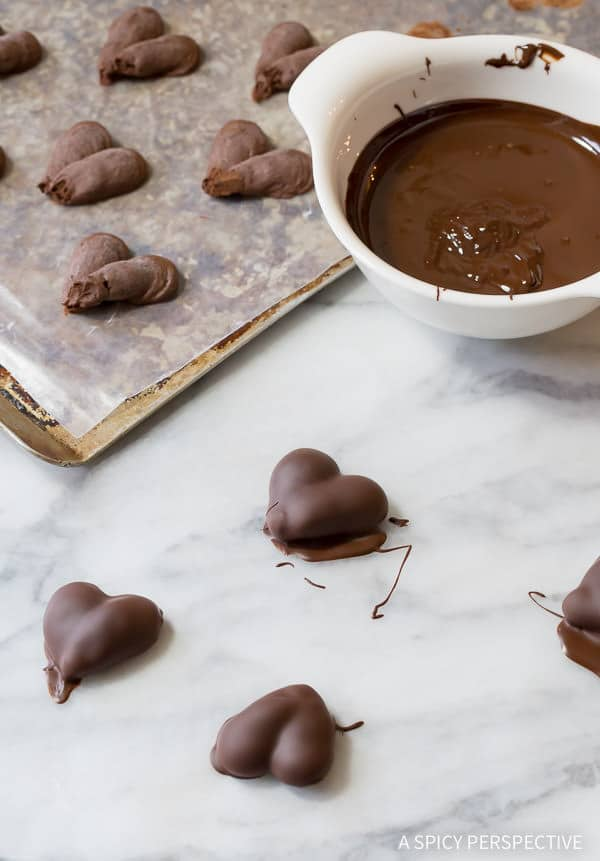 Love these 3-Ingredient Chocolate Truffle Recipe | ASpicyPerspective.com - Fabulous for Valentine's Day!