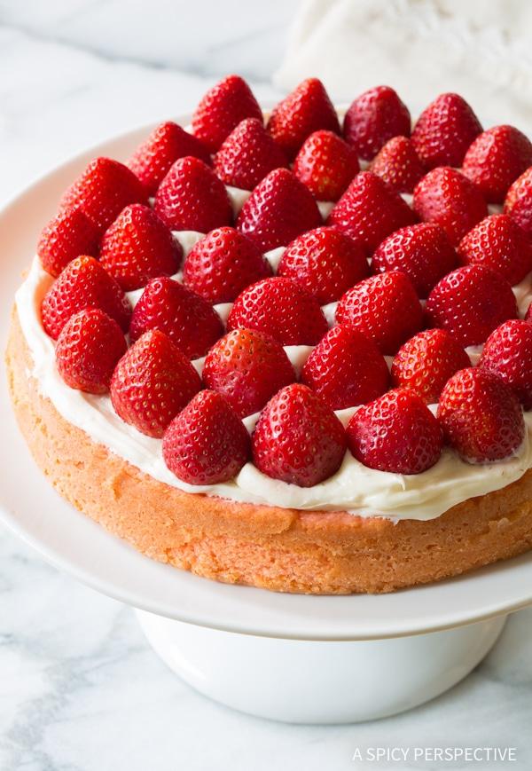 Easy to Make - Fresh Strawberry Lemonade Cake Recipe