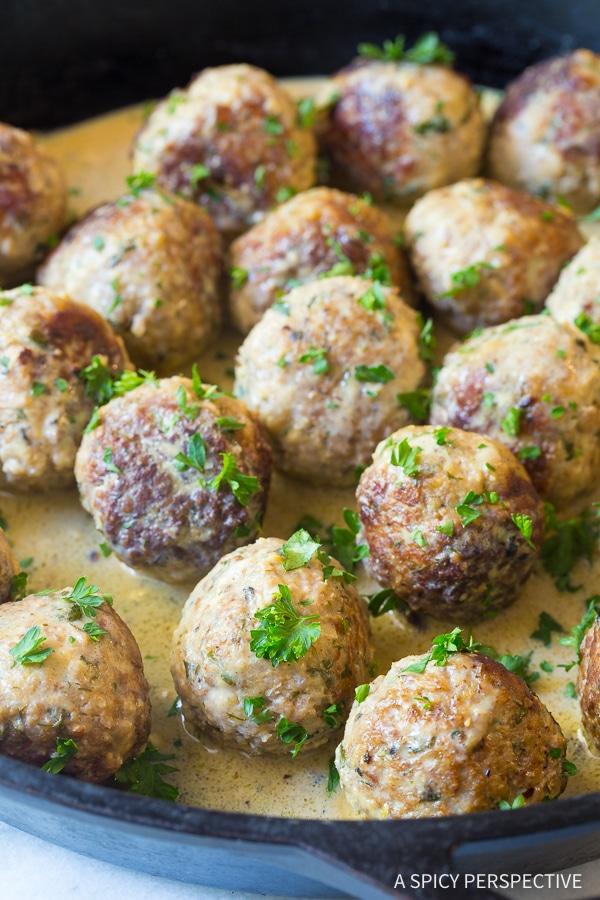 Saucy Greek Lemon Meatballs (Keftedes)